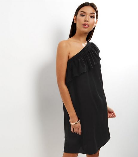Black Off The Shoulder Tunic Dress | New Look
