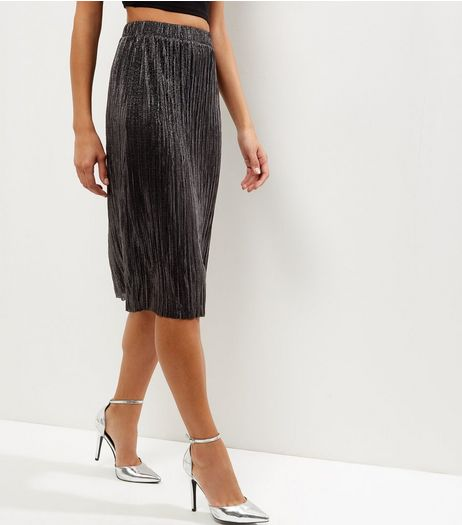 Black Metallic Pleated Midi Skirt | New Look