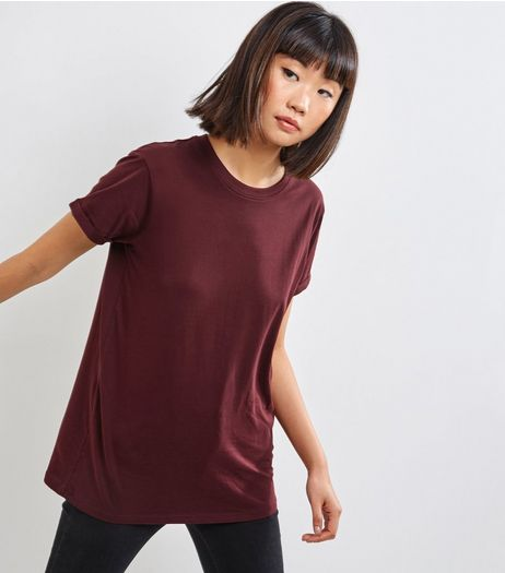 Petite Burgundy Boyfriend T-shirt | New Look