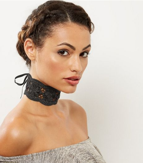 Black Wide Crochet Lace Choker | New Look