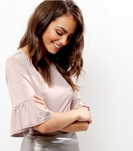 Mid Pink Frill Trim Bell Sleeve Top | New Look