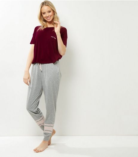 Petite Burgundy Feeling Lazy Pyjama Set | New Look