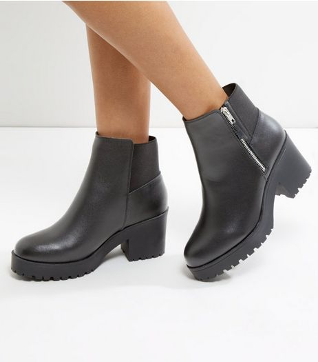 Wide Fit Black Leather Chunky Block Heel Boots | New Look