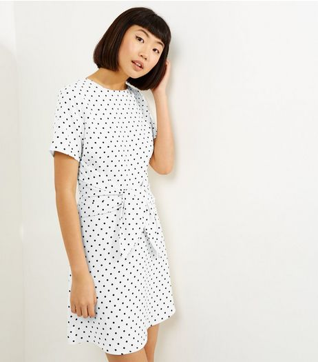 White Spot Print Tie Waist Short Sleeve Dress  | New Look