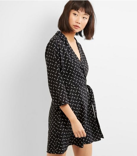 Influence Black Leaf Print Wrap Front Dress | New Look