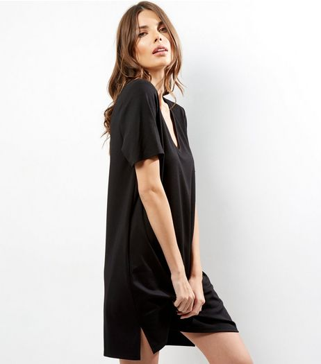 Black V Neck Short Sleeve Tunic Dress | New Look