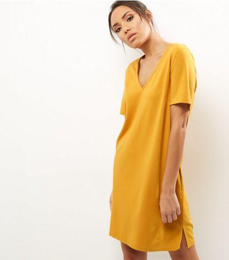 Neon yellow dress ne look