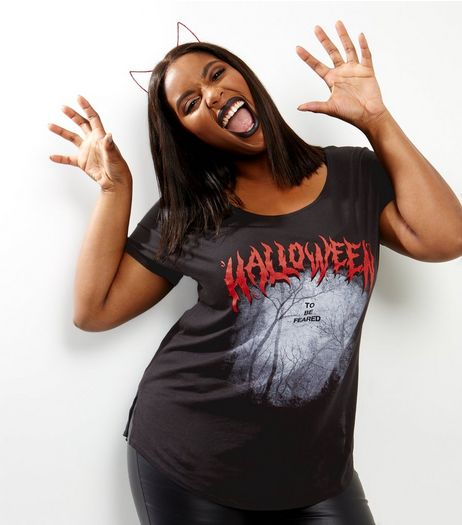 Curves Black Halloween Print Dip Hem T-shirt | New Look