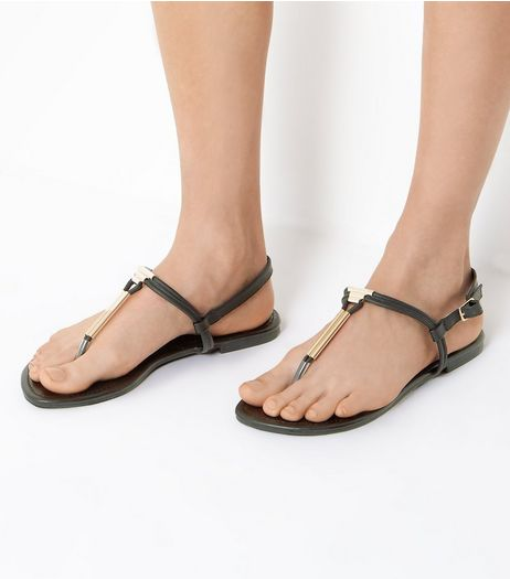Wide Fit Black Toe Post Metal Bar Sandals | New Look