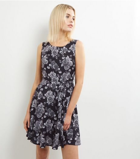 Mela Black Floral Print Sleeveless Skater Dress | New Look