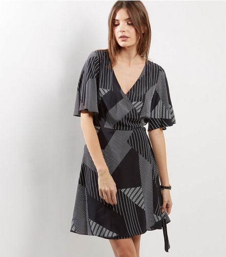 Black Contrast Stripe Print Wrap Front Dress | New Look