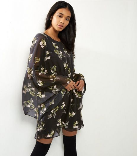 Black Floral Print Flared Sleeve Dress | New Look