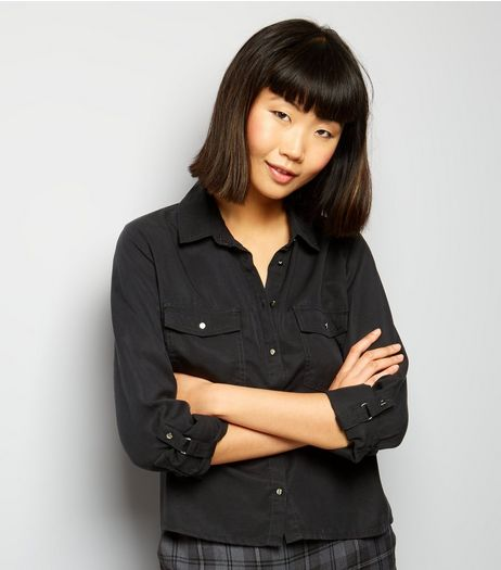 Black Double Pocket Cropped Shirt | New Look
