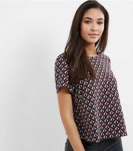 Red Geometric Print T-shirt | New Look
