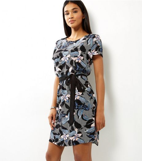 Black Houndstooth Floral Belted Tunic Dress | New Look