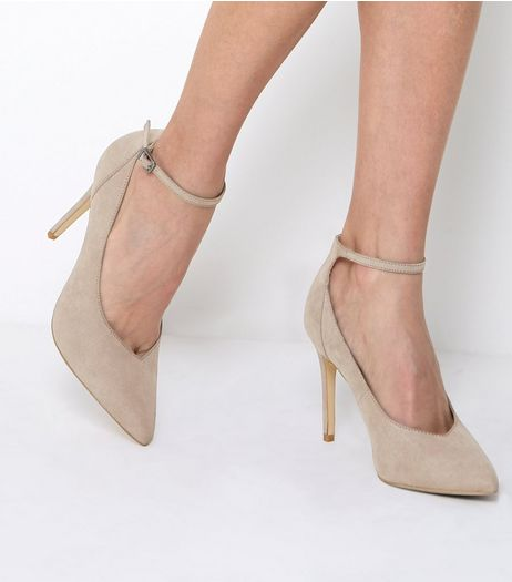 Light Brown Suedette Ankle Strap Pointed Heels | New Look
