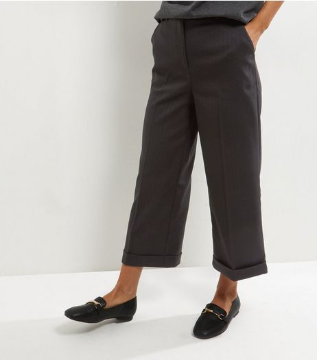 Black Herringbone Turn Up Cropped Trousers  | New Look