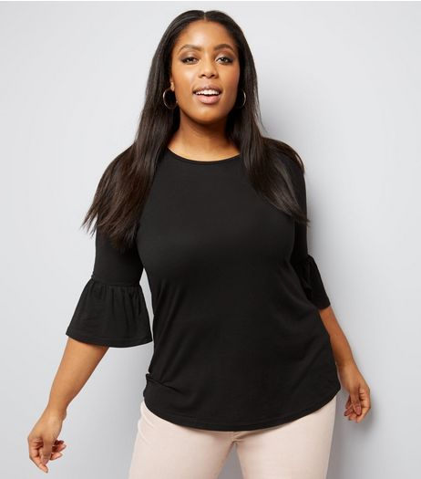 Curves Black Bell 3/4 Sleeve Top | New Look