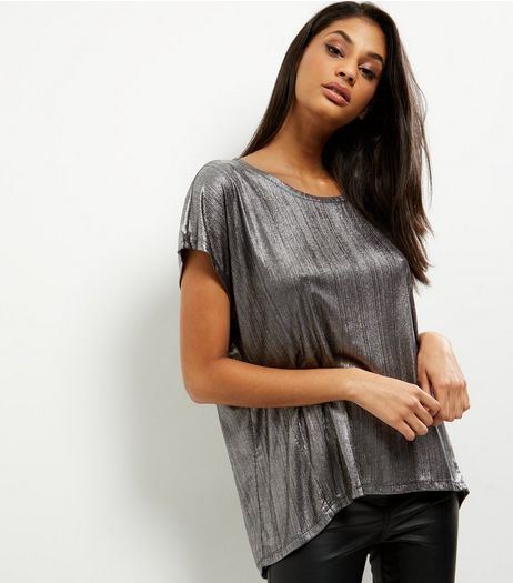 QED Silver Ribbed Oversized Top | New Look
