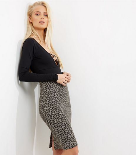 Black Zig Zag Print Jacquard Pencil Skirt  | New Look