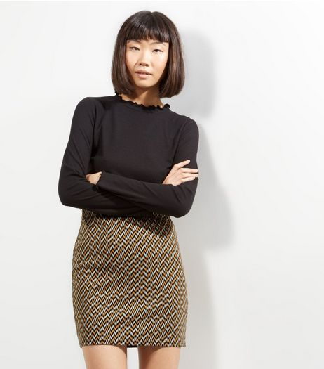 Mustard Zig Zag Print Mini Skirt  | New Look