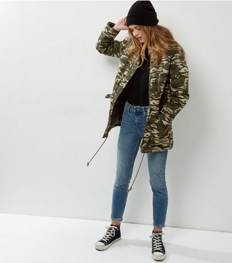 Blue Vanilla Faux Fur Collar Camo Print Parka | New Look