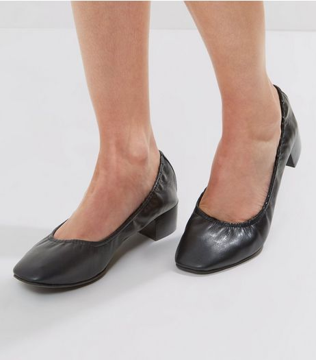 Wide Fit Black Elasticated Mini Block Heels | New Look