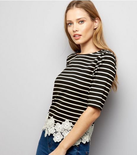 Black Stripe Lace Floral Hem 1/2 Sleeve Top  | New Look