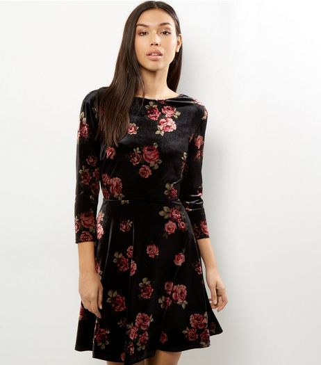 Black Velvet Floral Print Dress | New Look