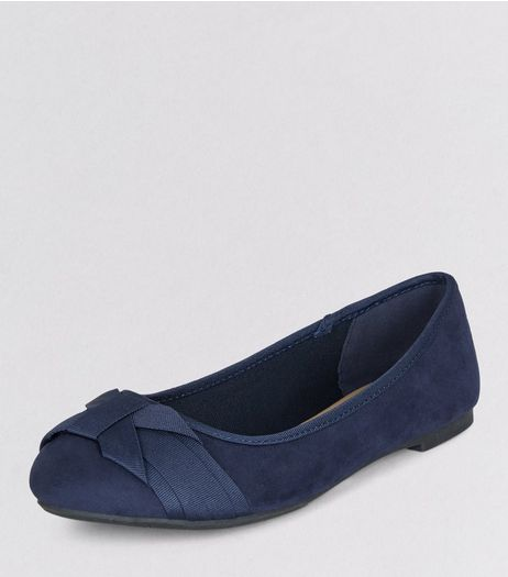 Teens Suedette Bow Front Pumps | New Look