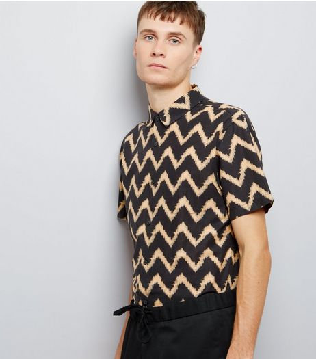 Black Contrast Zig Zag Print Short Sleeve Shirt | New Look