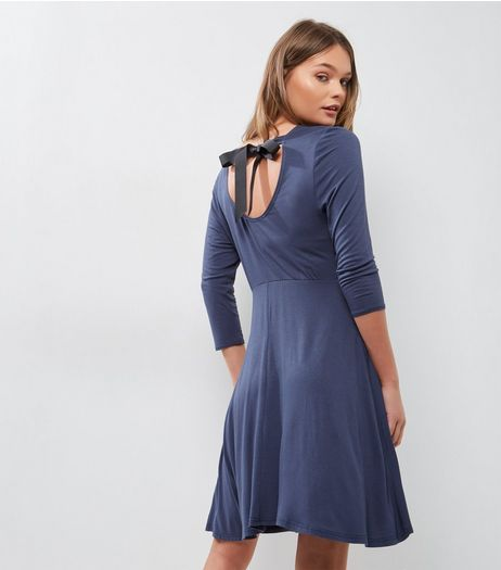 Navy Scoop Tie Back 3/4 Sleeve Skater Dress  | New Look
