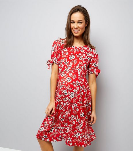 Maternity Red Floral Tie Sleeve Dress | New Look