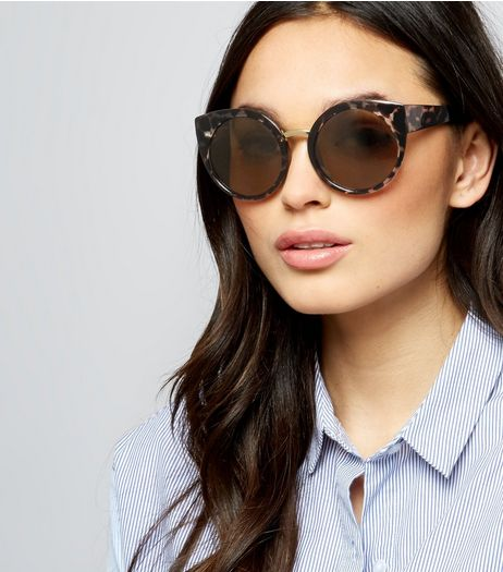oversized black aviator sunglasses 89f2  Brown Tortoiseshell Oversized Round Sunglasses  New Look