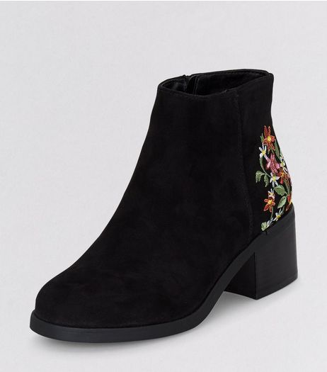 Teens Black Suedette Floral Embroidered Block Heel Boots | New Look