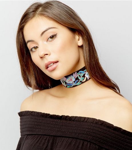 Black Wide Floral Embroidered Choker | New Look