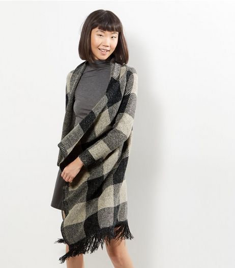 QED Grey Check Tassel Hem Cardigan | New Look