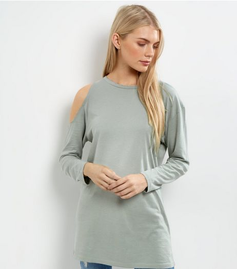 Green Asymmetric Cold Shoulder Tunic | New Look