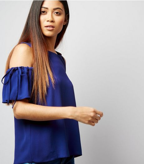 Petite Blue Ruched Tie Cold Shoulder Top | New Look