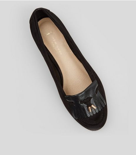 Wide Fit Black Comfort Suedette Fringe Front Loafers | New Look