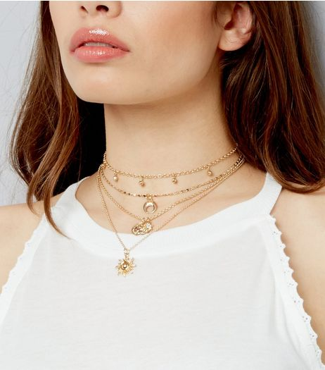 Gold Layered Delicate Charm Choker | New Look