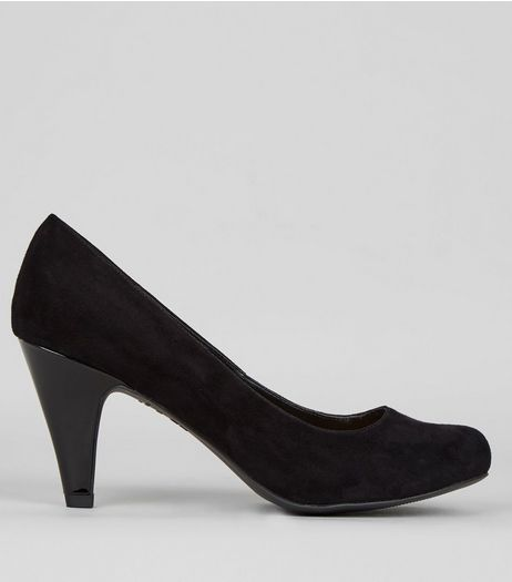 Extra Wide Fit Black Suedette Court Shoes | New Look