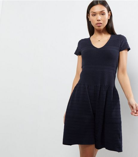 Apricot Navy V Neck Knitted Dress | New Look