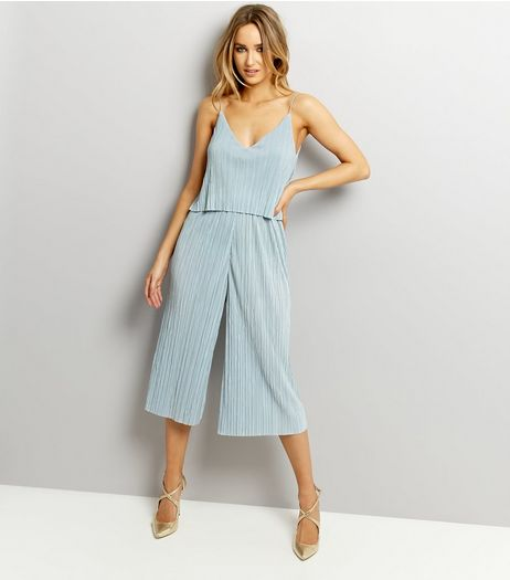 Mint Green Pleated V Neck Wide Leg Cropped Jumpsuit  | New Look