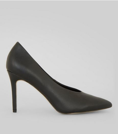 Black V Throat Court Shoes | New Look