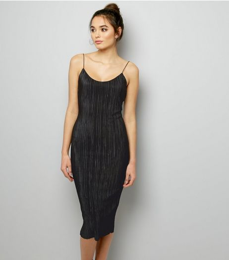 Black Plisse Bodycon Midi Slip Dress | New Look