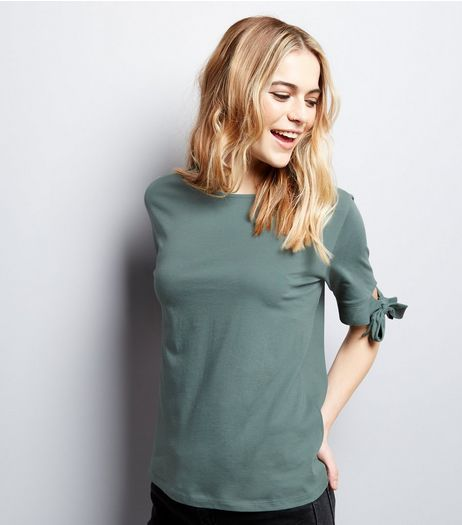 Green Tie Half Sleeve T-Shirt | New Look