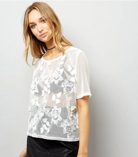 Cream Net Lace Floral Applique T-Shirt  | New Look