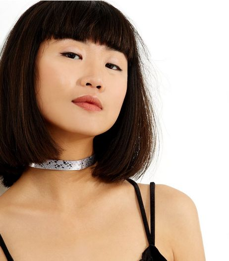 Silver Metallic Snakeskin Choker | New Look