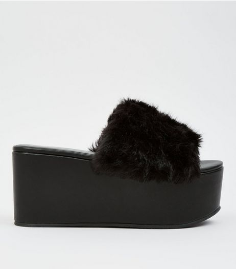 Black Faux Fur Flatform Mules | New Look